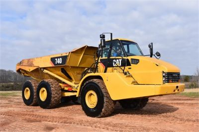 USED 2010 CATERPILLAR 740 OFF HIGHWAY TRUCK EQUIPMENT #2039-19