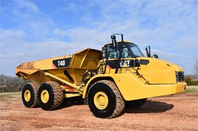 USED 2010 CATERPILLAR 740 OFF HIGHWAY TRUCK EQUIPMENT #2039-28