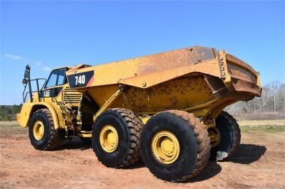 USED 2010 CATERPILLAR 740 OFF HIGHWAY TRUCK EQUIPMENT #2039-37