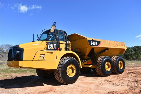 USED 2011 CATERPILLAR 740B OFF HIGHWAY TRUCK EQUIPMENT #2065