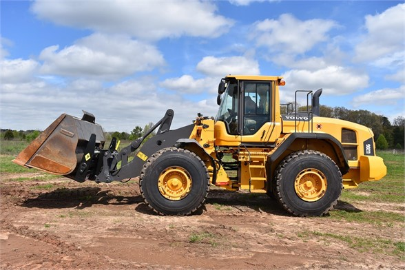 USED 2013 VOLVO L120G WHEEL LOADER EQUIPMENT #2068