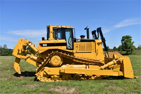 USED 1999 CATERPILLAR D8R DOZER EQUIPMENT #2073