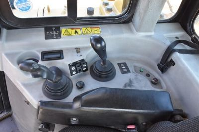 USED 2009 CATERPILLAR D6T XL DOZER EQUIPMENT #2080-32