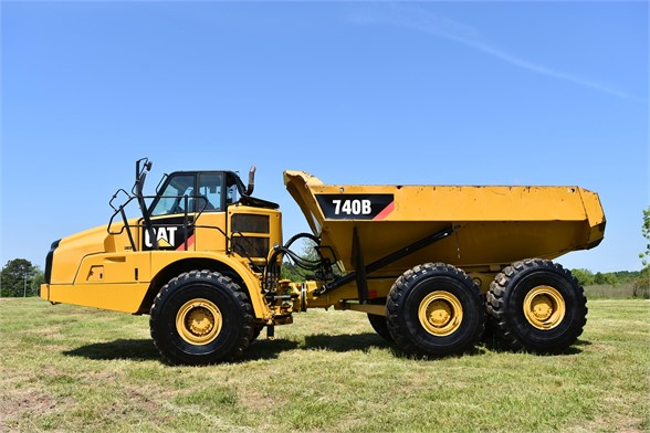 USED 2014 CATERPILLAR 740B OFF HIGHWAY TRUCK EQUIPMENT #2086