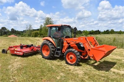 USED 2019 KUBOTA M7060D FARM TRACTOR EQUIPMENT #2133-1