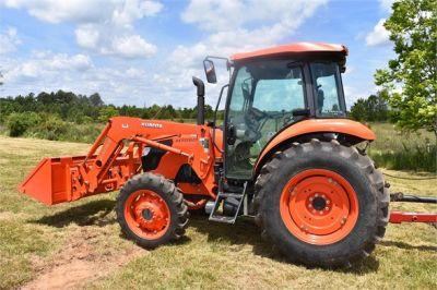USED 2019 KUBOTA M7060D FARM TRACTOR EQUIPMENT #2133-10
