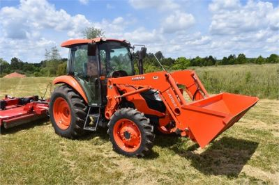 USED 2019 KUBOTA M7060D FARM TRACTOR EQUIPMENT #2133-13