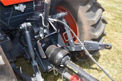 USED 2019 KUBOTA M7060D FARM TRACTOR EQUIPMENT #2133-17