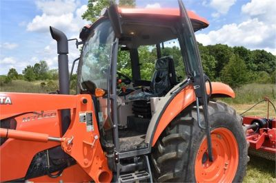 USED 2019 KUBOTA M7060D FARM TRACTOR EQUIPMENT #2133-24