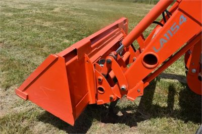 USED 2019 KUBOTA M7060D FARM TRACTOR EQUIPMENT #2133-28