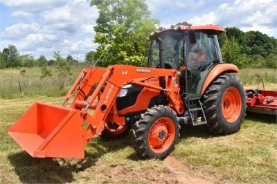 USED 2019 KUBOTA M7060D FARM TRACTOR EQUIPMENT #2133-3