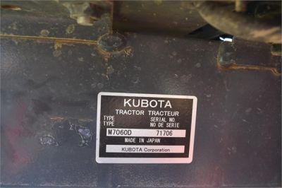 USED 2019 KUBOTA M7060D FARM TRACTOR EQUIPMENT #2133-46