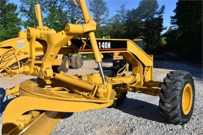 USED 1998 CATERPILLAR 140H MOTOR GRADER EQUIPMENT #2134-19