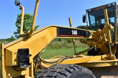 USED 2004 CATERPILLAR 14H VHP MOTOR GRADER EQUIPMENT #2144-24