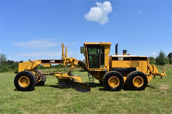 USED 2006 CATERPILLAR 140H MOTOR GRADER EQUIPMENT #2154
