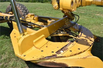 USED 2006 CATERPILLAR 140H MOTOR GRADER EQUIPMENT #2154-21