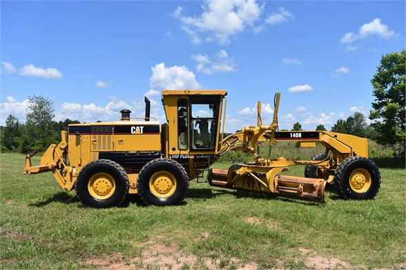 USED 2006 CATERPILLAR 140H MOTOR GRADER EQUIPMENT #2155
