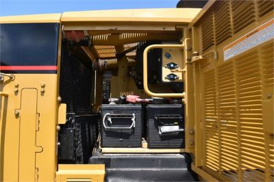 USED 2006 CATERPILLAR 140H MOTOR GRADER EQUIPMENT #2155-18