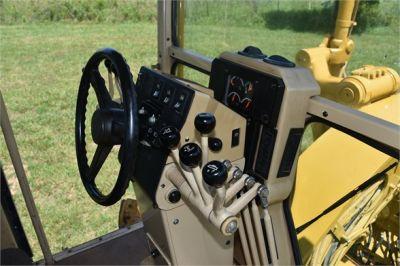USED 2006 CATERPILLAR 140H MOTOR GRADER EQUIPMENT #2155-26