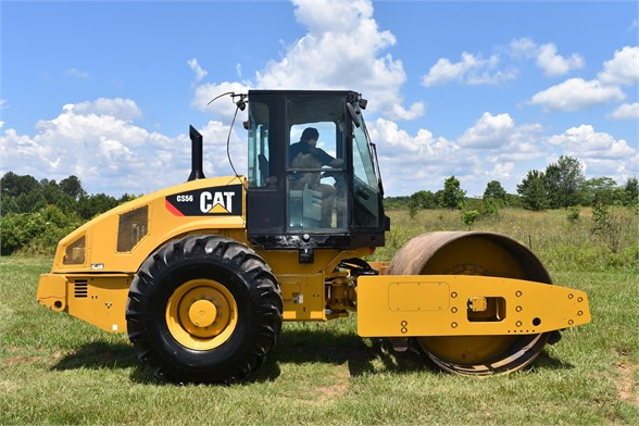 USED 2012 CATERPILLAR CS56 COMPACTOR EQUIPMENT #2158