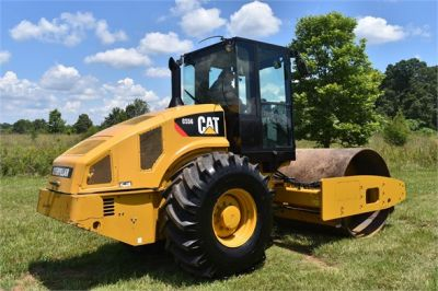 USED 2012 CATERPILLAR CS56 COMPACTOR EQUIPMENT #2158-2