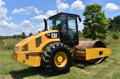 USED 2012 CATERPILLAR CS56 COMPACTOR EQUIPMENT #2158-4