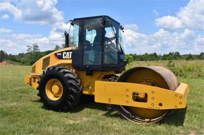 USED 2012 CATERPILLAR CS56 COMPACTOR EQUIPMENT #2158-6