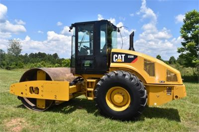 USED 2012 CATERPILLAR CS56 COMPACTOR EQUIPMENT #2158-8