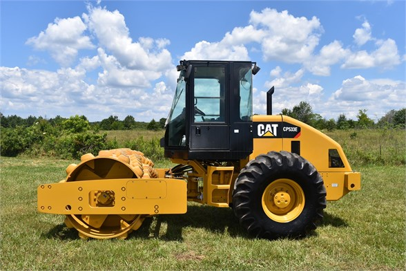 USED 2011 CATERPILLAR CP-533E COMPACTOR EQUIPMENT #2171
