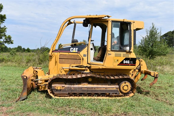 USED 2006 CATERPILLAR D4G DOZER EQUIPMENT #2187