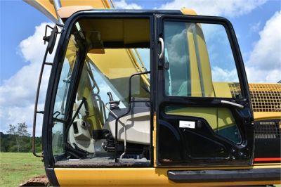 USED 2006 CATERPILLAR 330CL EXCAVATOR EQUIPMENT #2200-34