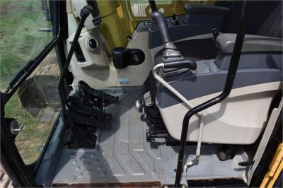 USED 2006 CATERPILLAR 330CL EXCAVATOR EQUIPMENT #2200-36
