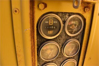 USED 1974 CATERPILLAR 14G MOTOR GRADER EQUIPMENT #2207-40