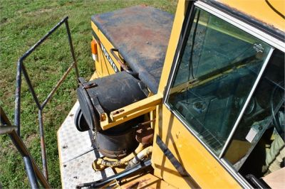 USED 1993 VOLVO A35C WATER TRUCK #2212-24