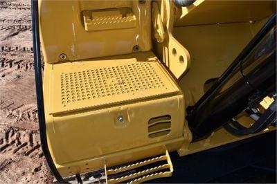 USED 2005 CATERPILLAR 330CL EXCAVATOR EQUIPMENT #2216-18