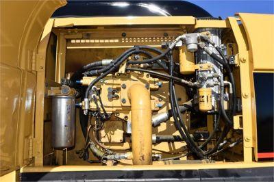 USED 2005 CATERPILLAR 330CL EXCAVATOR EQUIPMENT #2220-29