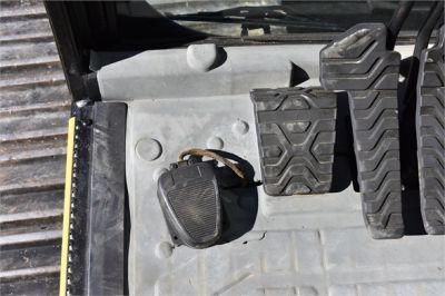 USED 2006 CATERPILLAR 330CL EXCAVATOR EQUIPMENT #2252-35