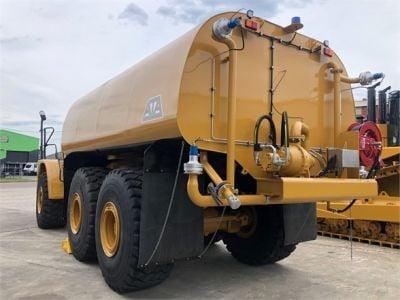 USED 2008 CATERPILLAR 740 WATER TRUCK #2258-5