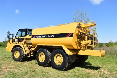 USED 2009 CATERPILLAR 725 WATER TRUCK #2260-14