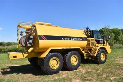 USED 2009 CATERPILLAR 725 WATER TRUCK #2260-23