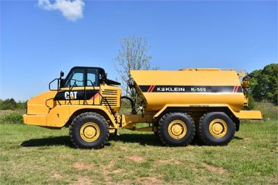 USED 2009 CATERPILLAR 725 WATER TRUCK #2260-4