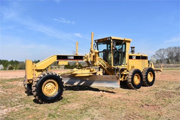 USED 1999 CATERPILLAR 140H MOTOR GRADER EQUIPMENT #2324