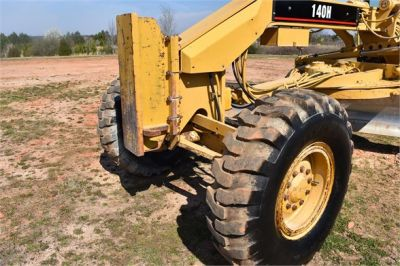 USED 1999 CATERPILLAR 140H MOTOR GRADER EQUIPMENT #2324-16