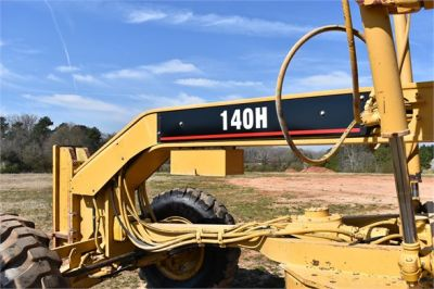 USED 1999 CATERPILLAR 140H MOTOR GRADER EQUIPMENT #2324-17