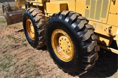 USED 1999 CATERPILLAR 140H MOTOR GRADER EQUIPMENT #2324-24
