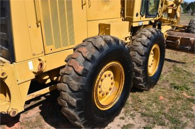 USED 1999 CATERPILLAR 140H MOTOR GRADER EQUIPMENT #2324-25