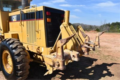 USED 1999 CATERPILLAR 140H MOTOR GRADER EQUIPMENT #2324-26