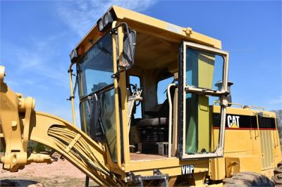 USED 1999 CATERPILLAR 140H MOTOR GRADER EQUIPMENT #2324-28