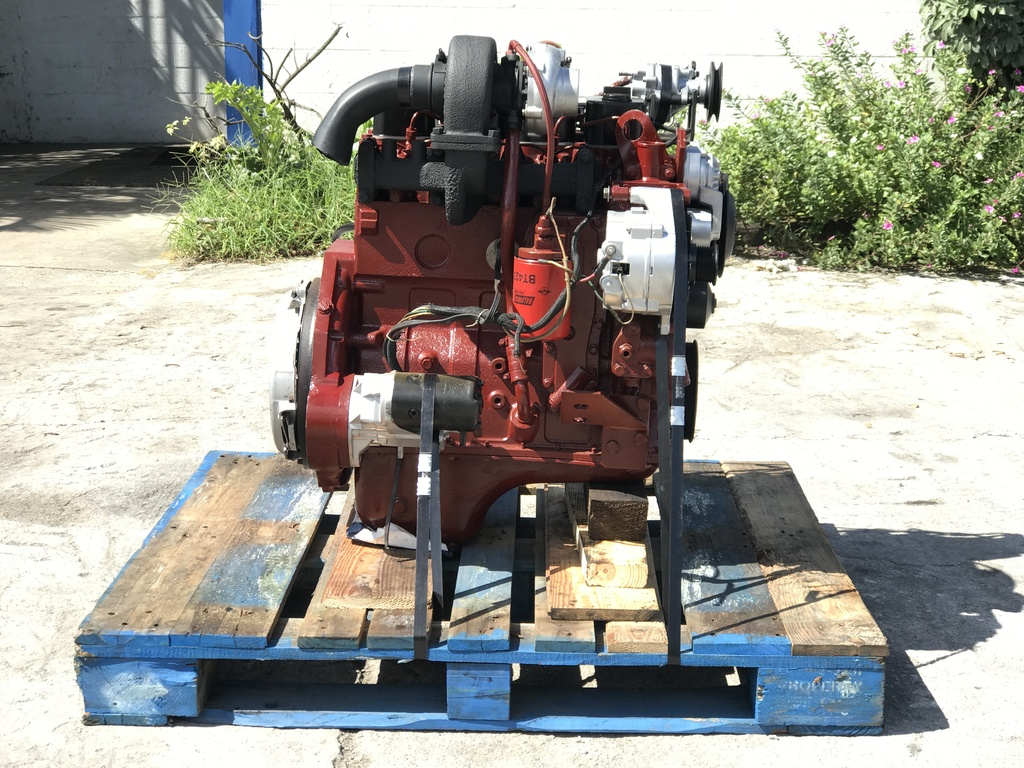 USED 1986 CUMMINS 4BT 3.9L (ROTARY PUMP) TRUCK ENGINE TRUCK PARTS #1108