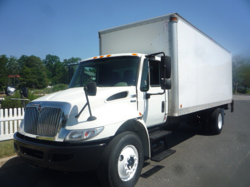 USED 2010 INTERNATIONAL 4300 BOX VAN TRUCK #10957